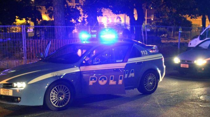 Tragedia sfiorata in strada, 13enne accoltellato alla schiena: è grave