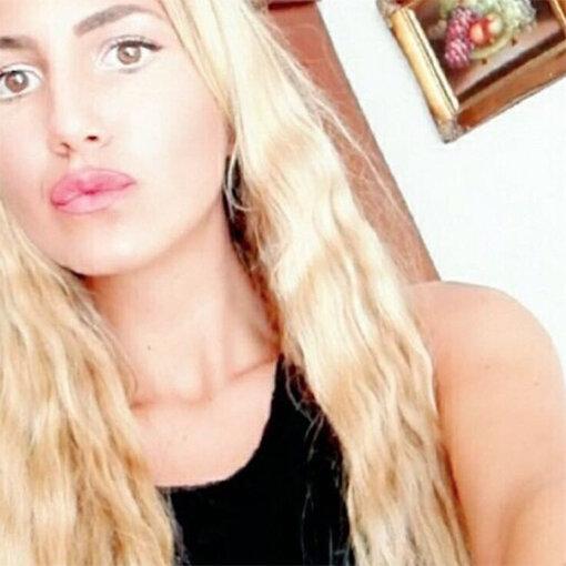 Studentessa muore mentre fa i compiti: choc in città