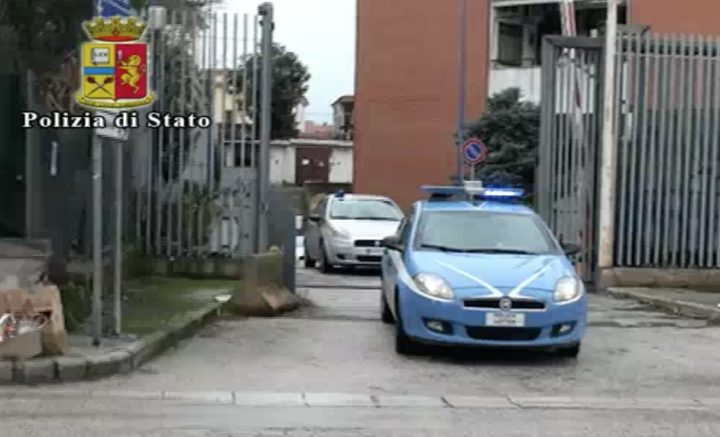 arresti usura imprenditore suicida