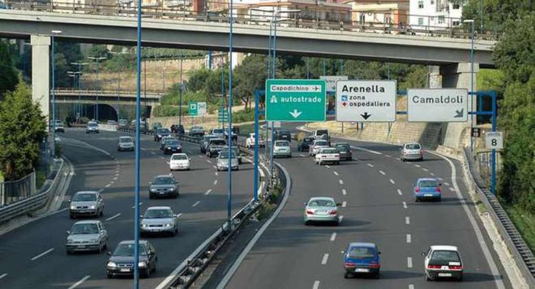 Appalti Tangenziale Napoli a ditta vicino clan: 5 arresti