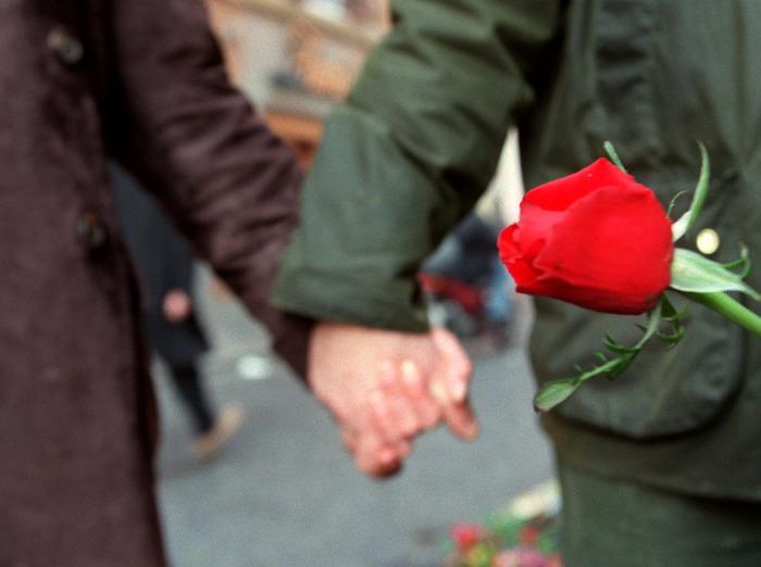 Bassano, sedicenne morto: si indaga per istigazione
