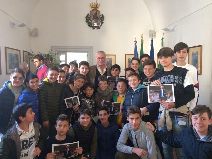 Claudio Ranieri a Capri incontra tifosi e calciatori