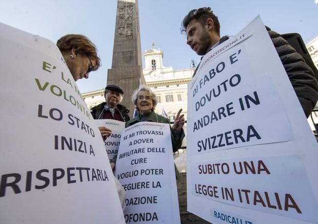 Suicidio assistito: dopo Dj Fabo un altro italiano in Svizzera per morire
