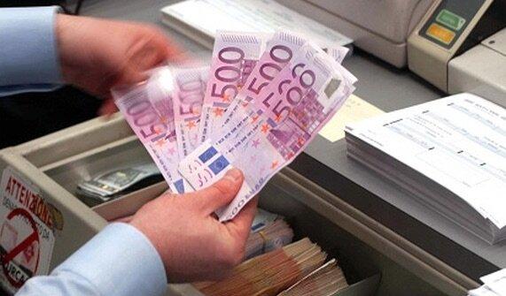 Documenti falsi per ottenere mutui e prestiti, la scoperta dei finanzieri