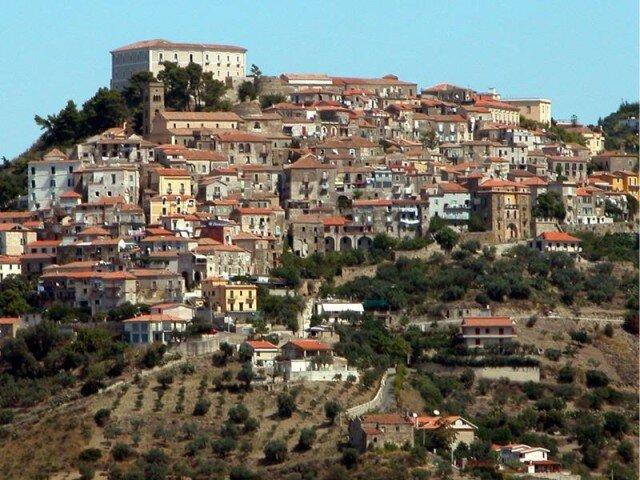 Castellabate istituisce la tassa di soggiorno - Cronache della Campania