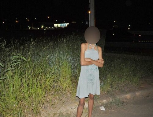 prostituta ragazzina