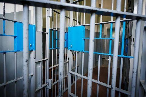 Roma, detenuta si nasconde tra i visitatori ed evade da Rebibbia