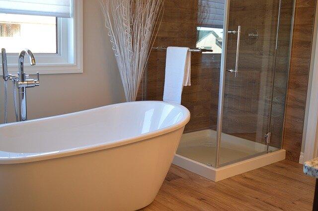 Come arredare il bagno con stile grazie a bugnatese