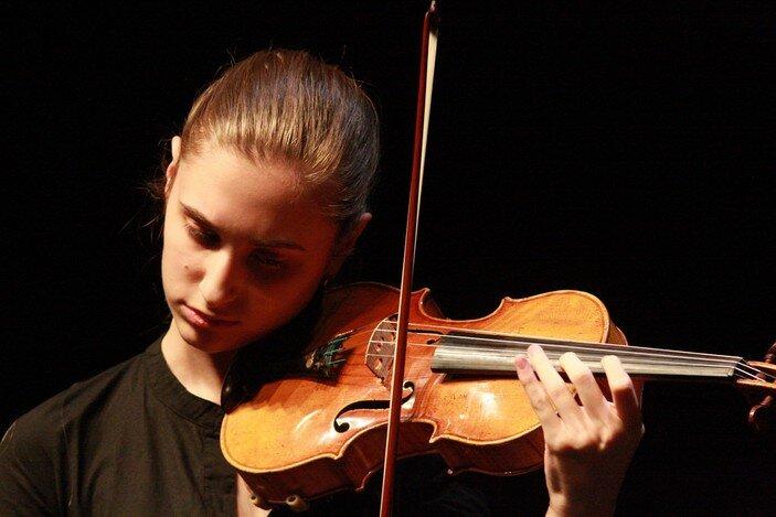 La violinista Francesca Bonaita
