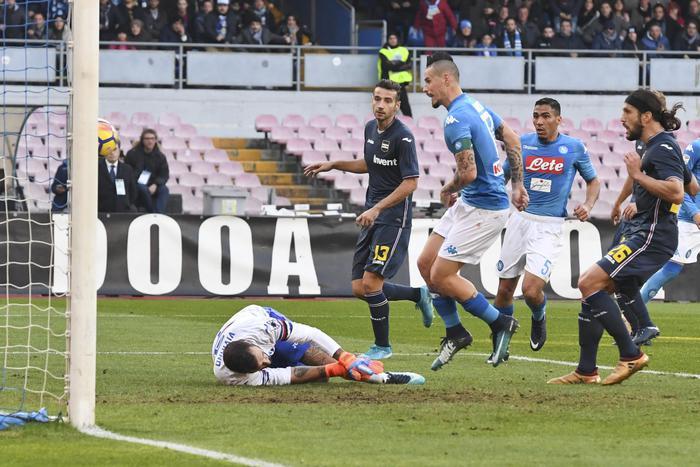 Napoli-Sampdoria, pirotecnico 3-2 al San Paolo!