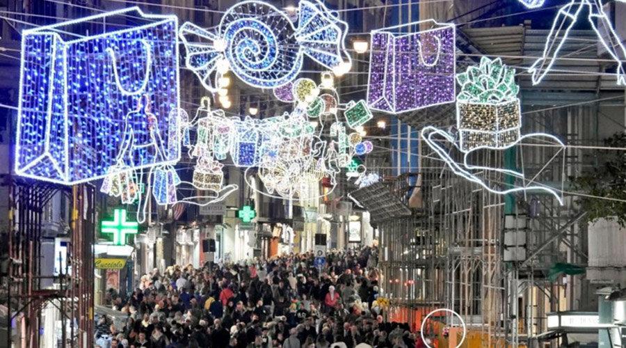 Addobbi Natalizi Napoli.Natale A Napoli Approvata La Delibera Per Luminarie E Addobbi