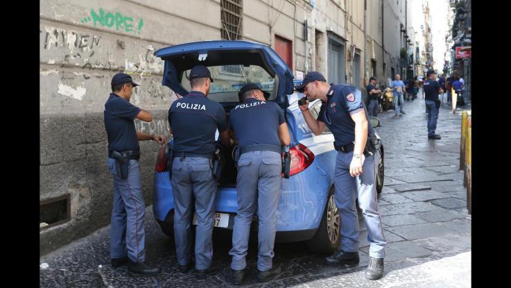 polizia ai decumani