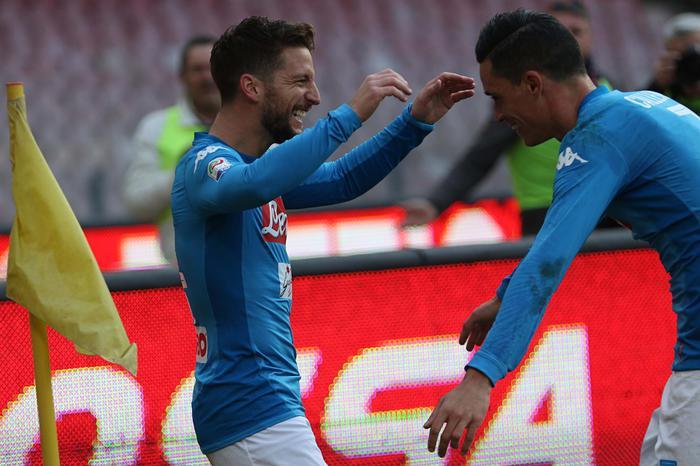 Napoli, Mertens fa gola alla Premier: su di lui Arsenal e United
