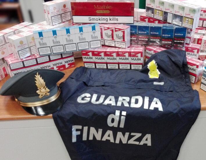 Contrabbando sigarette, sequestrati oltre 1724 kg nel Napoletano