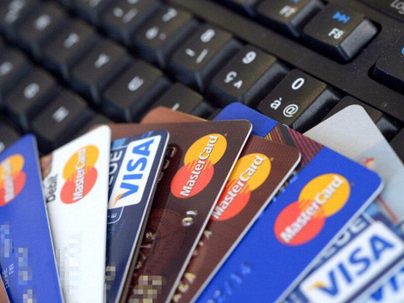 Sgominata banda internazionale: trafficava carte di credito nel darkweb
