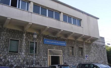 Sorrento, Rubano bici elettriche a Sorrento e poi cercano di scappare in Circum: arrestati