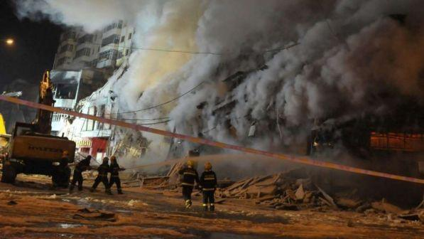 Cina, incendio doloso in un karaoke: 18 morti VIDEO