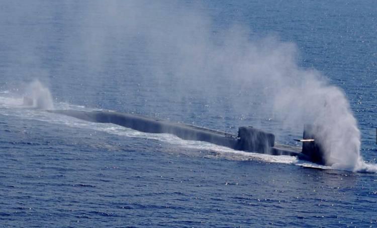 Sottomarino Usa impiegato in SIria nel porto di Napoli: ira De Magistris