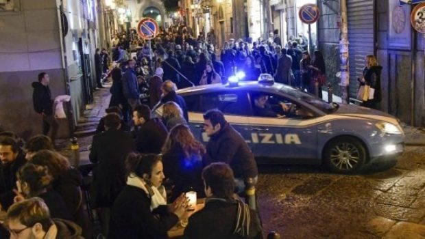 salerno movida, Salerno, sequestrata cocaina ed eroina destinata ai giovani della Movida: preso pusher