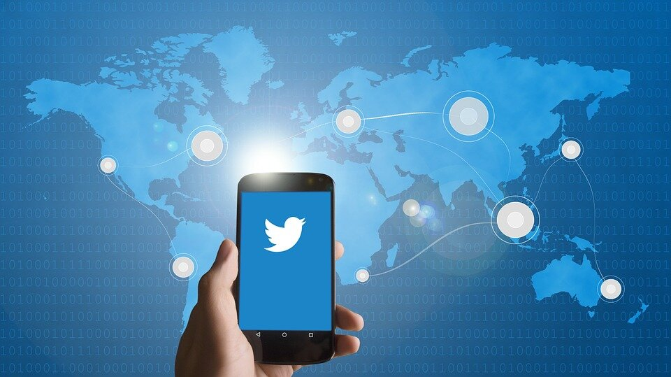 Twitter vuole monetizzare e pensa ai contenuti a pagamento con Super Follows