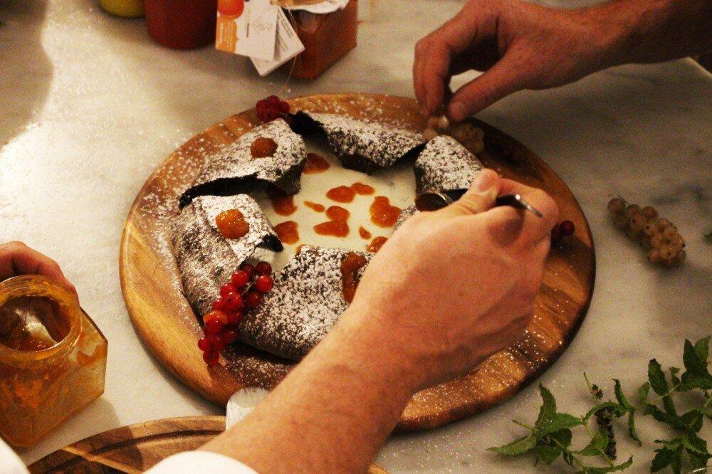 pizza dolce innarmorarsi sul vesuvio