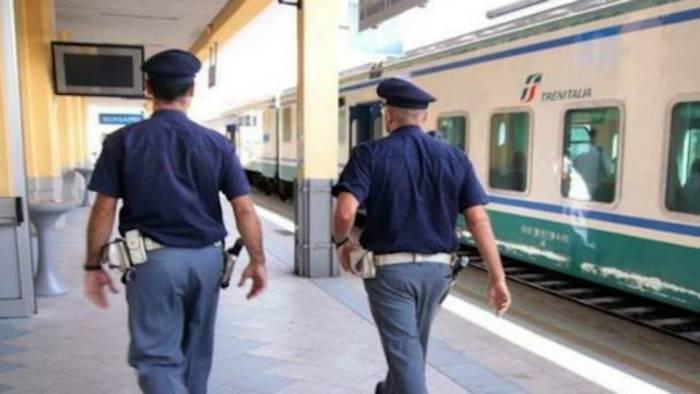 stazione-polizia