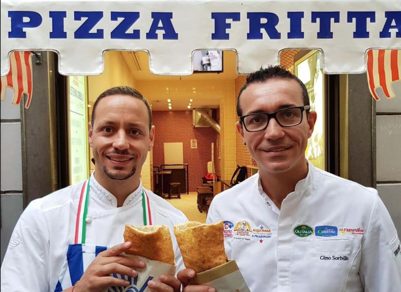 6aeab36b844b1 La notizia della bomba fatta scoppiare questa notte alla pizzeria Gino  Sorbillo ai Decumani ha fatto il giro del mondo.
