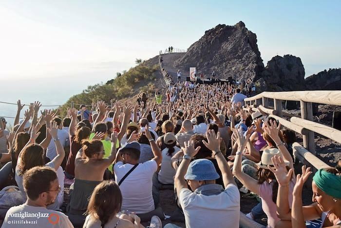 Pomigliano Jazz concerto sul Gran Cono del Vesuvio ph Titti Fabozzi