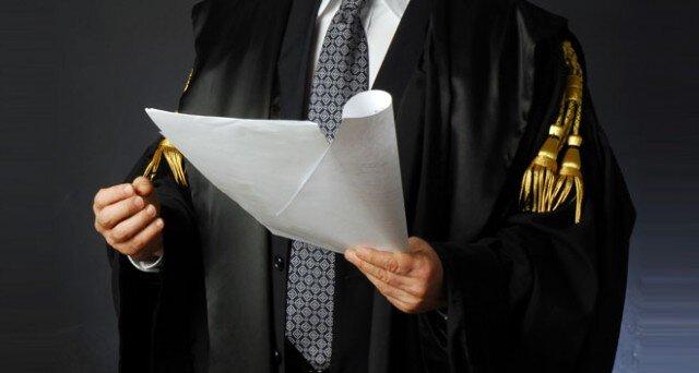 avvocati a napoli promossi solo il 30%