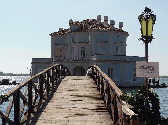 ponte della Casina Vanvitelliana