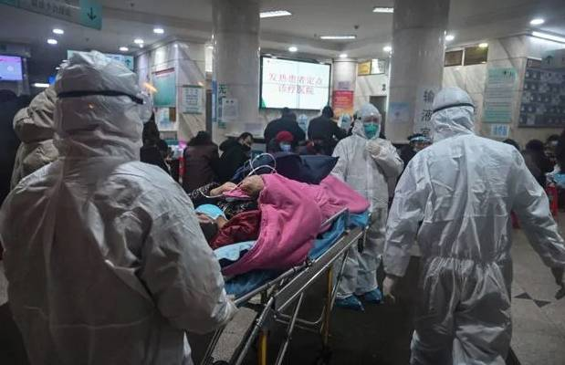 Coronavirus, Hong Kong: quarantena per i visitatori dalla Cina