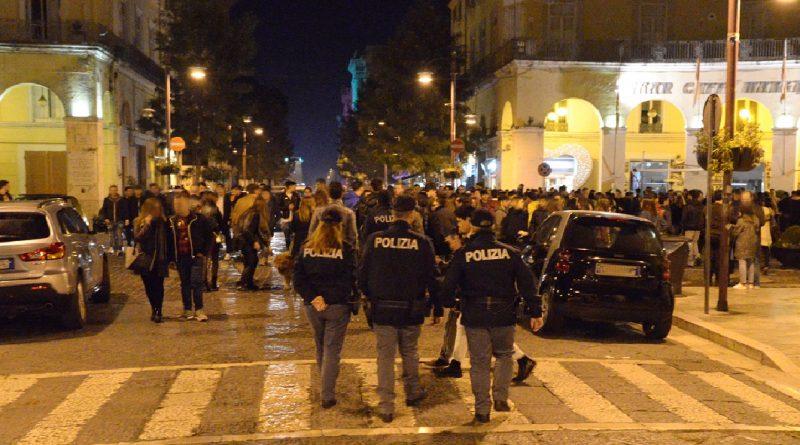napoli polizia decumani