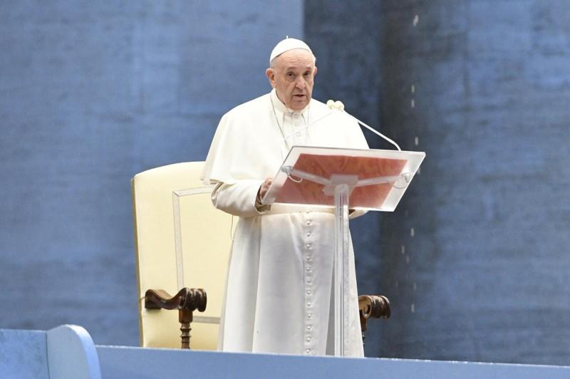 papa francesco unioni gay