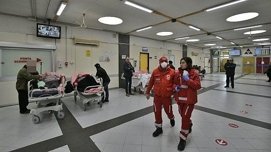 ospedali napoli collasso