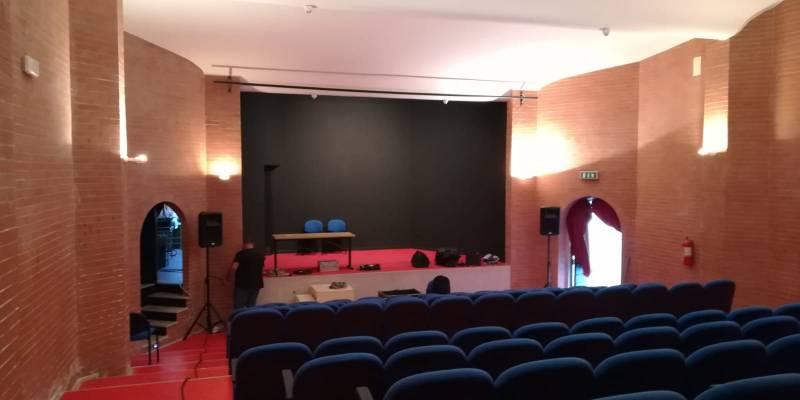 Teatro Jovinelli, Cala il sipario sul Teatro Jovinelli. Il direttore artistico Varone: 'Tempo sospeso per programmare il futuro'