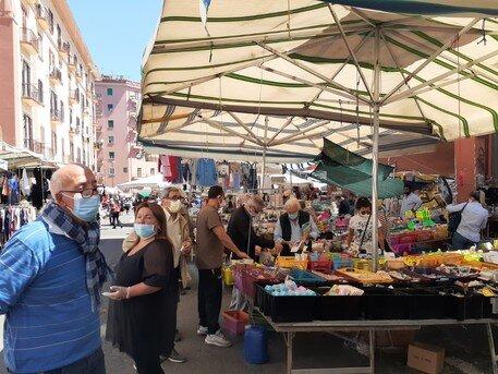 mercato vomero arenella