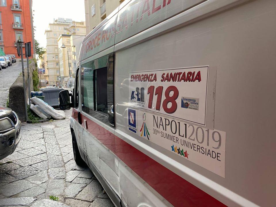 Coronavirus,napoli,ambulanze