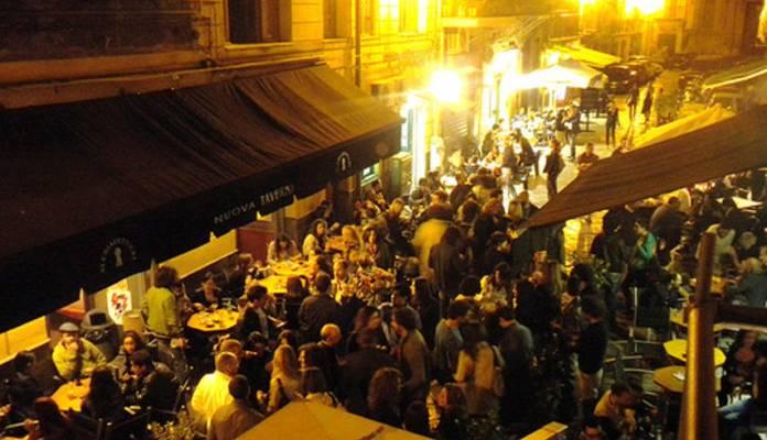 coronavirus napoli, Coronavirus, i titolari dei bar di Napoli: 'Piu' controlli invece di chiusura'