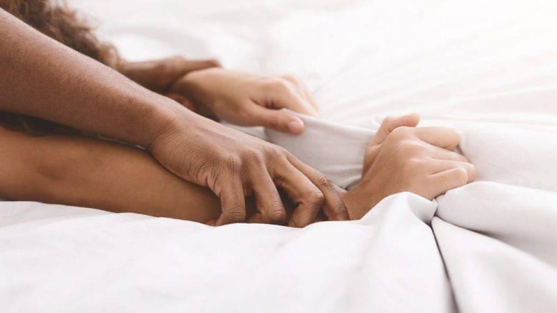 coronavirus non si trasmette con rapporti sessuali