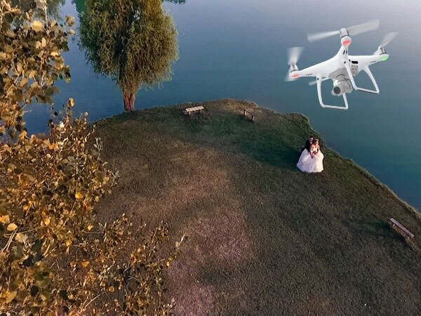drone colpisce sposa