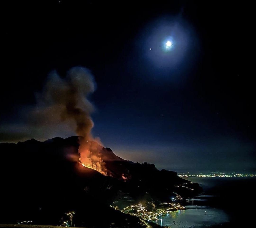 costiera amalfitana fiamme