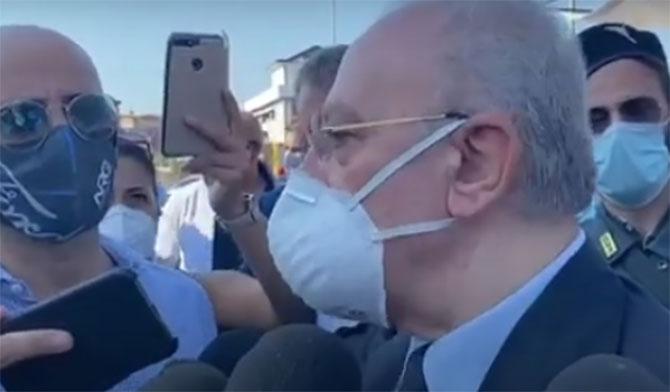 obbligo mascherine in campania, Coronavirus, in Campania obbligo mascherina all'aperto