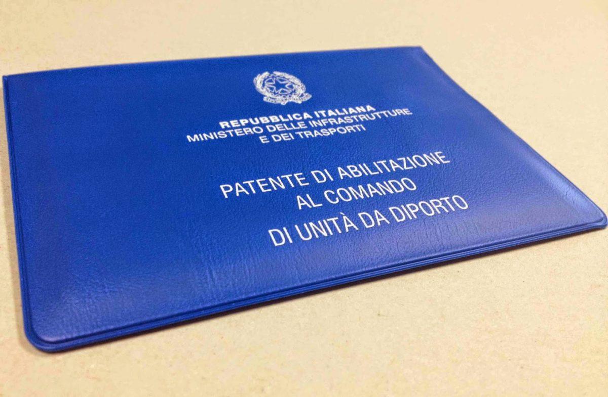 Patenti nautiche 'facili' anche per 3 calciatori del Napoli