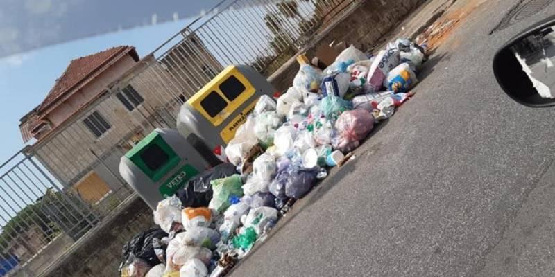 napoli periferia rifiuti