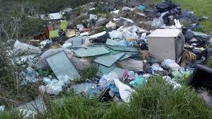 sversamento illecito rifiuti