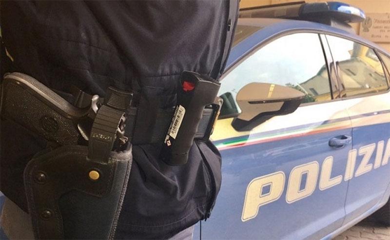 Sarno, arrestato per una sparatoria ma era positivo al Covid: 32 poliziotti in quarantena