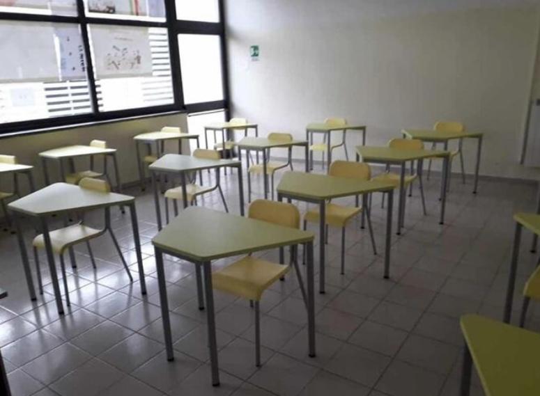 salerno,scuole chiuse