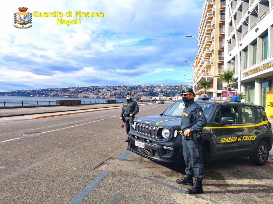Napoli,controlli covid Finanza