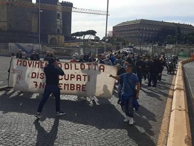 disoccupati protesta napoli