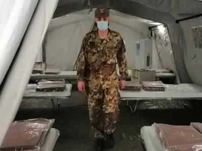 tenda dell'esercito al cardarelli
